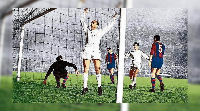 This image has an empty alt attribute; its file name is de-stefano-celebrating-his-one-of-his-many-goals-in-el-classico.jpg